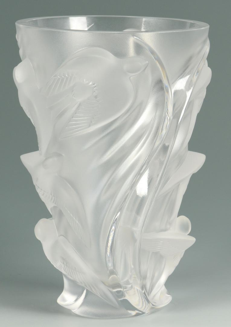 "Lot 580: Lalique Crystal Vase ""Martinets"""