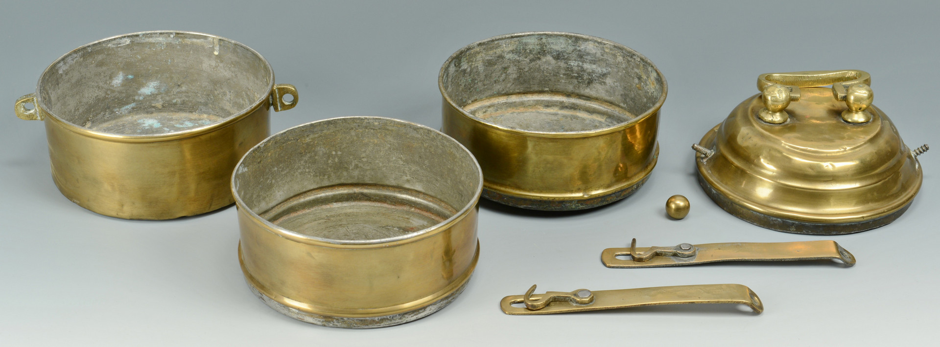 Lot 595: Grouping of Metal Items, 5 total