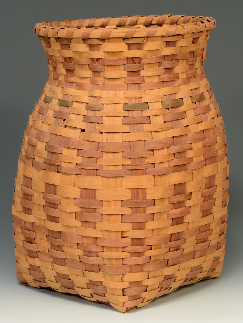 Lot 622: 3 Cherokee Baskets, 2 with tags