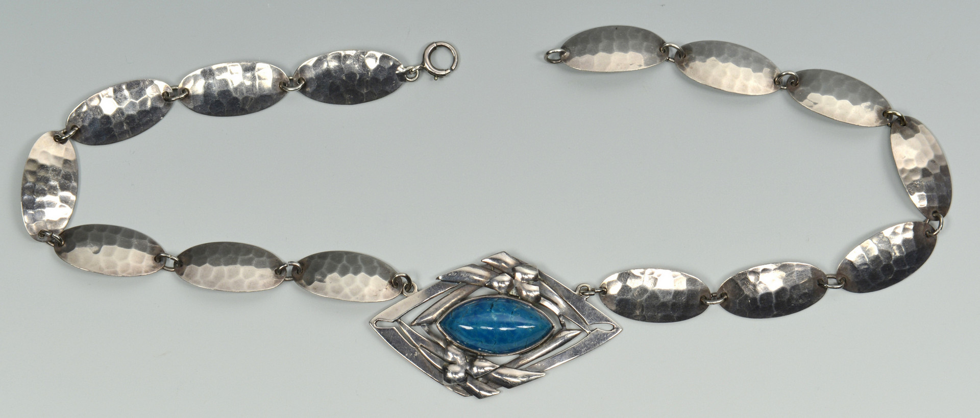 Lot 679: Chicago Arts & Crafts Silver Necklace