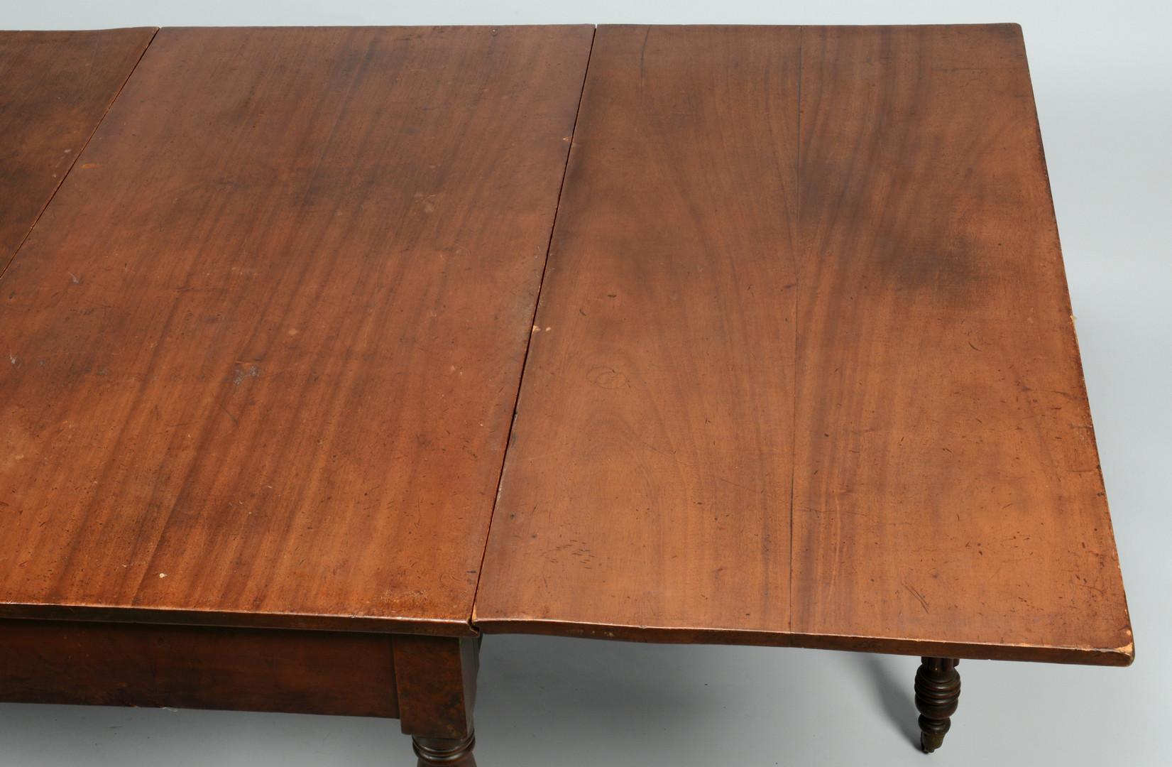 Lot 716: Sheraton Drop Leaf Table