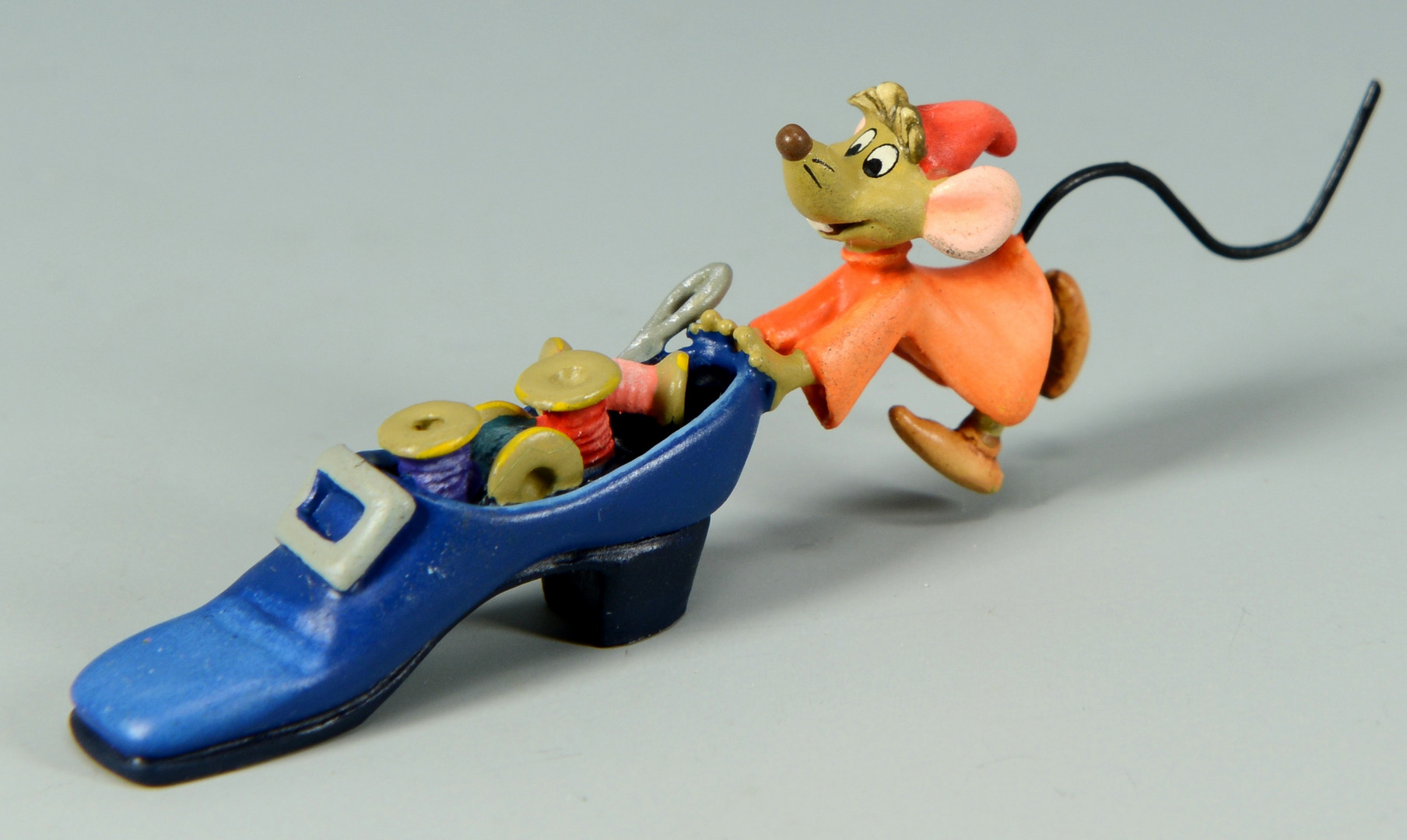 Lot 747: Disney Cinderella Dress Figurine