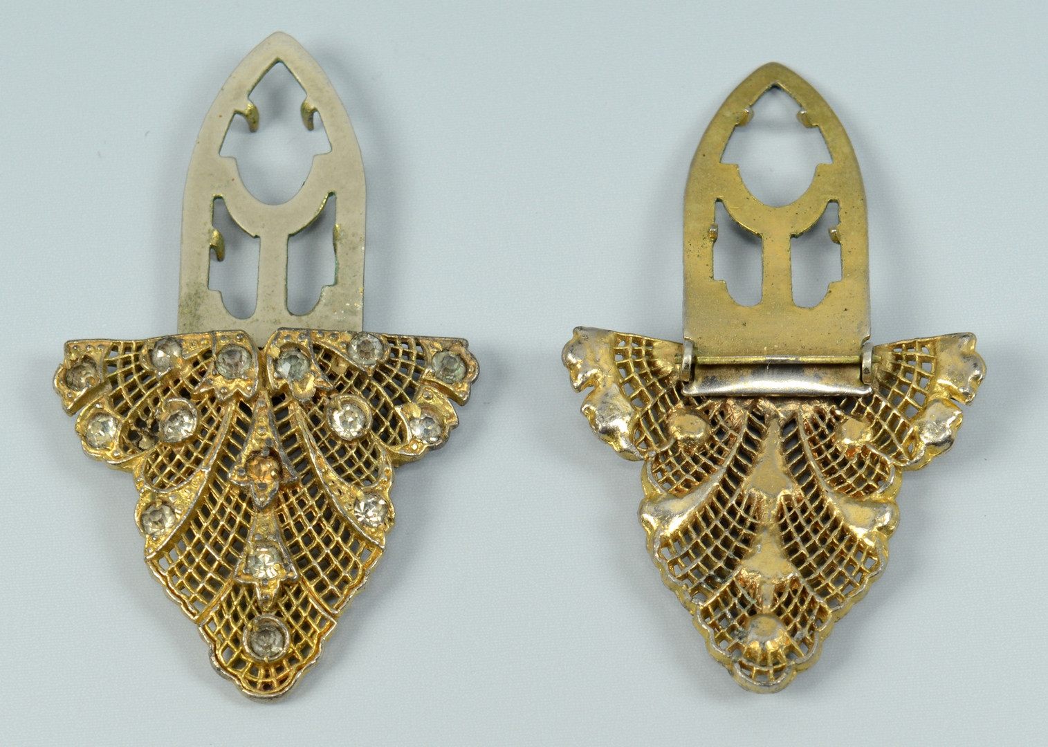 Lot 775: Fine and Costume Jewelry & Ladies Fashion, 17 item