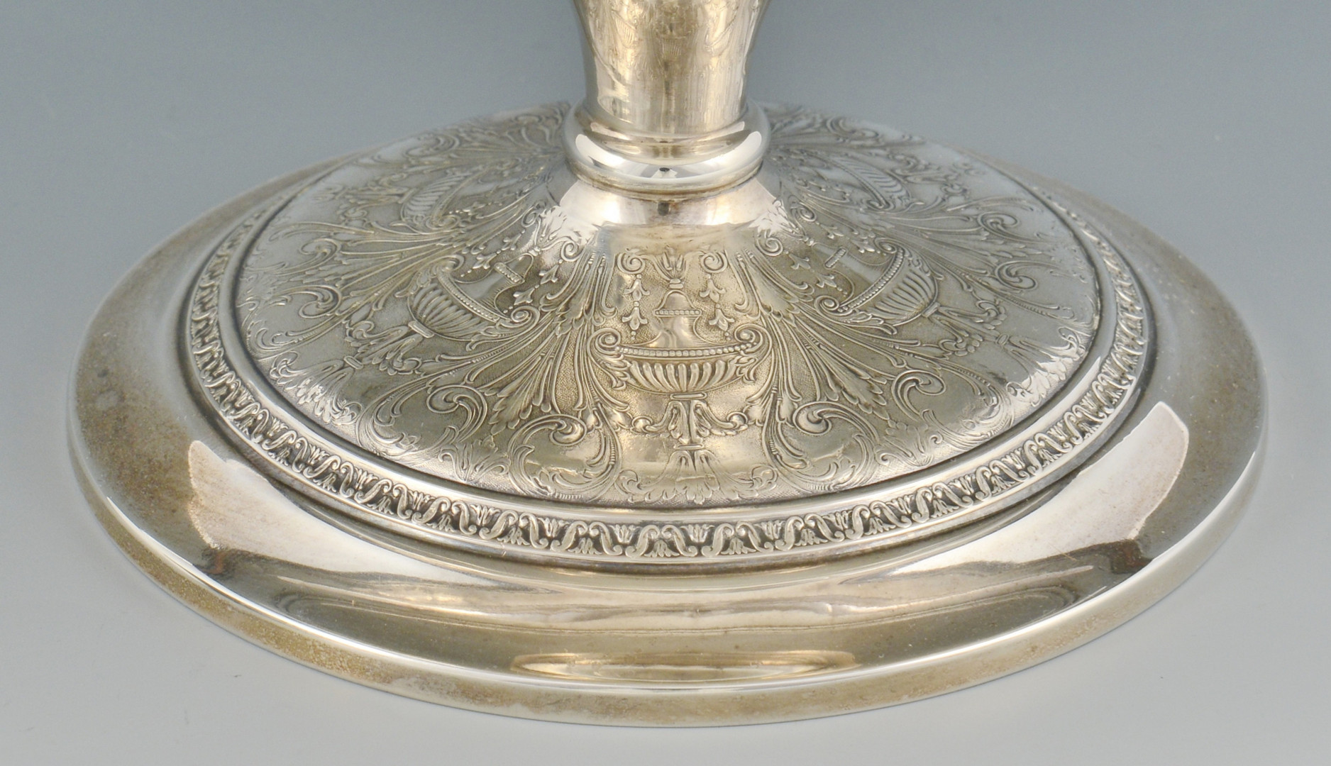 Lot 793: 2 Sterling Silver Serving Items