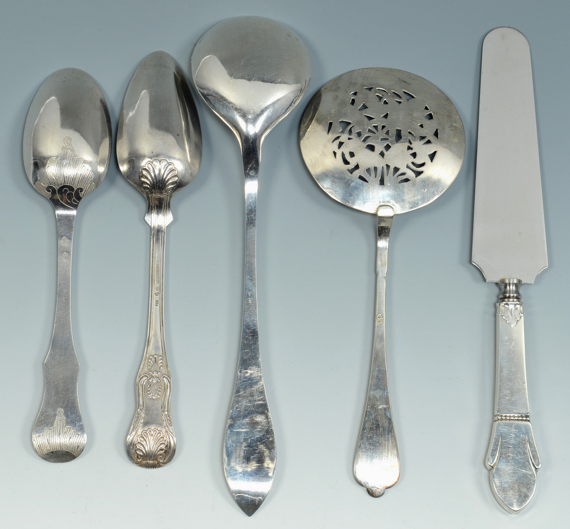 Lot 794: Silver flatware and small bowls, 12 pcs