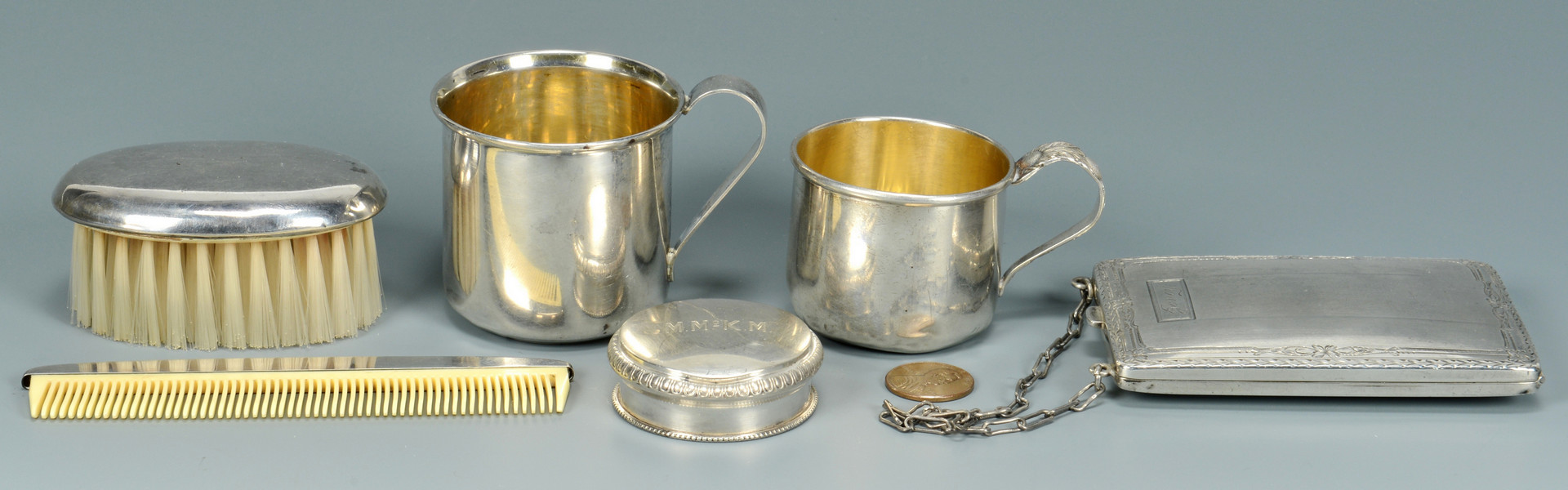 Lot 801: 6 Article of Vanity Sterling Silver