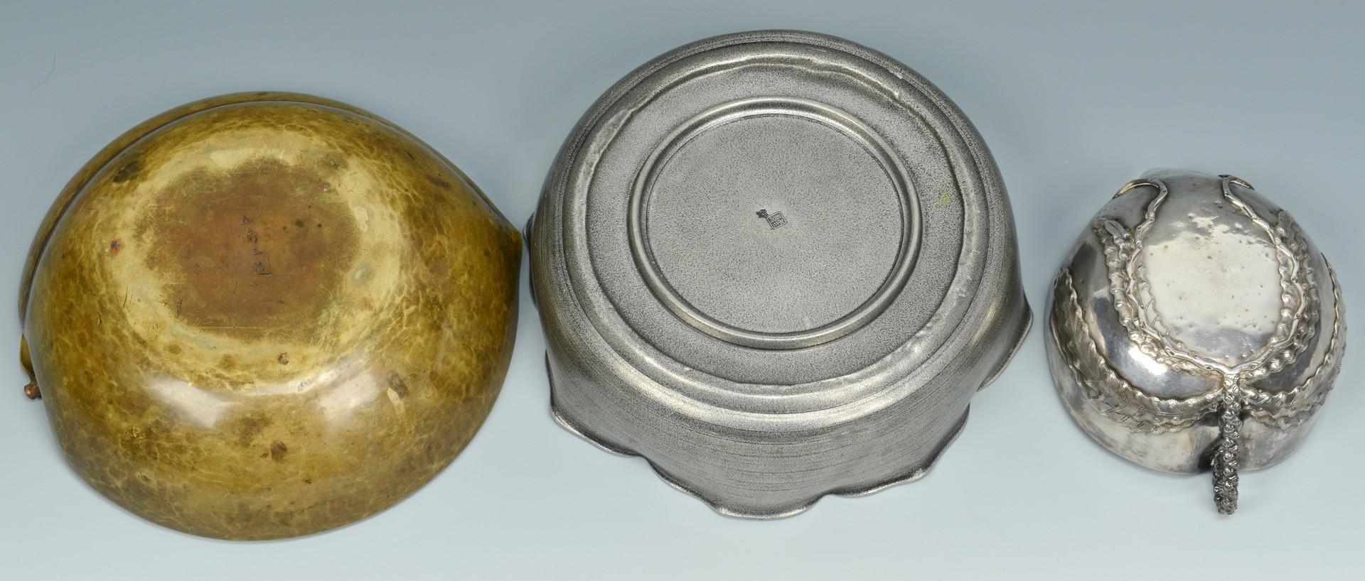 Lot 805: 14 Asian Brass & Iron items