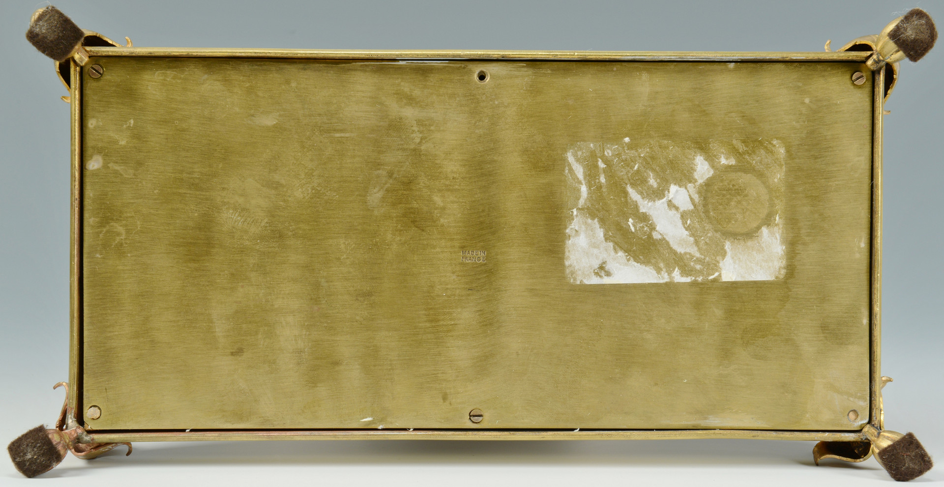 Lot 838: 2 Gilded Watch Holders