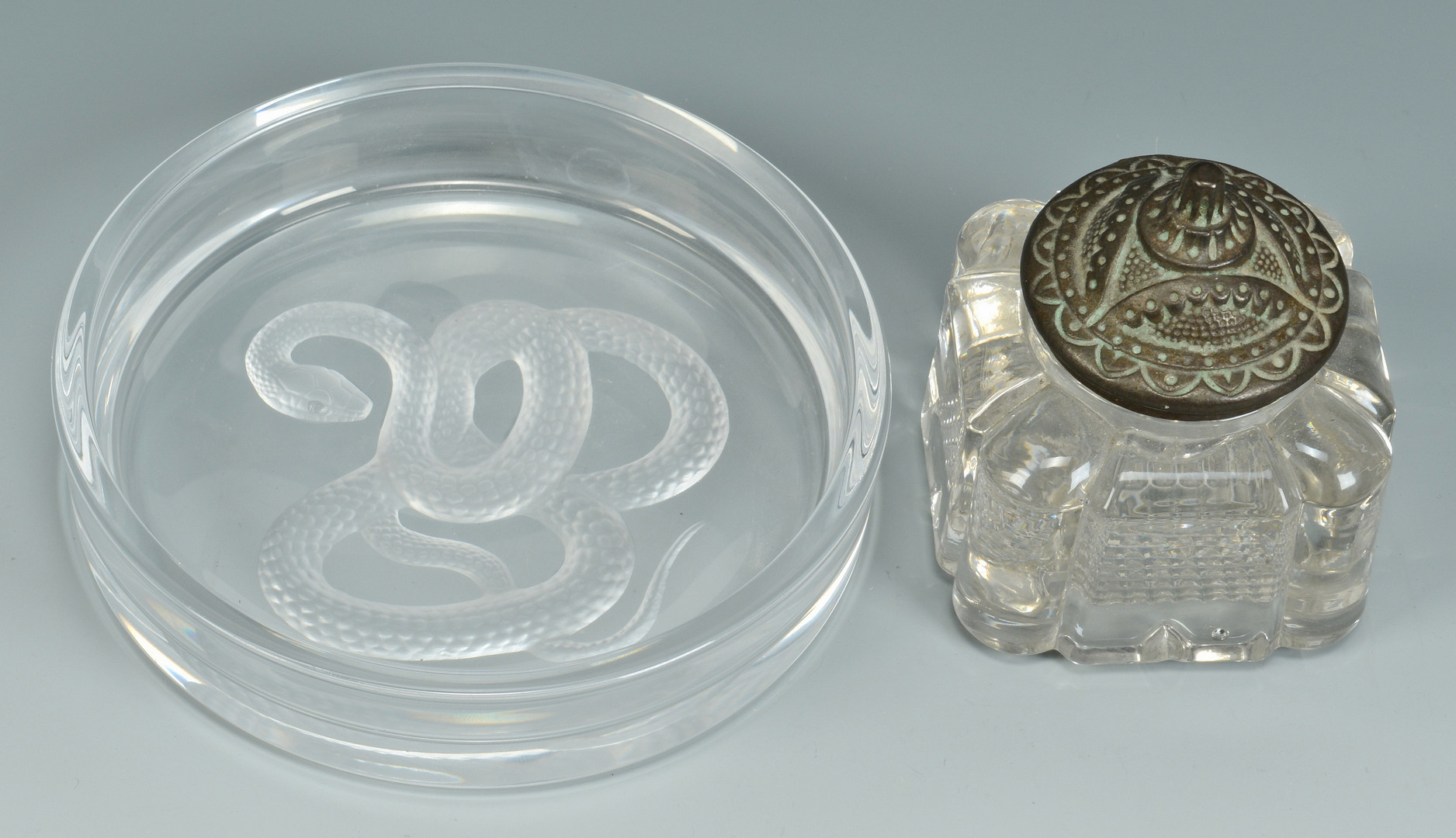 Lot 842: 4 Bronze and glass desk items