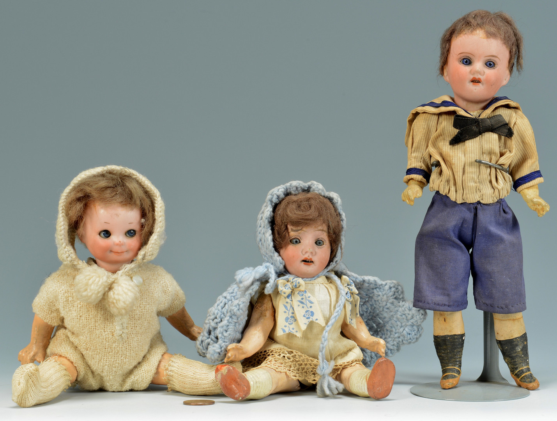 Lot 897: 3 small dolls including Googly Eye, Rader