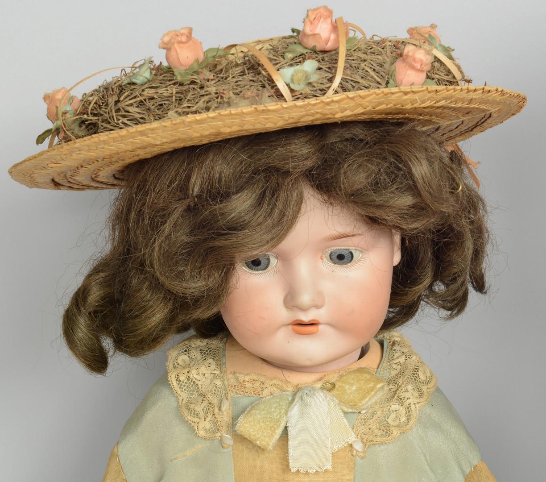 Lot 901: 3 large German Dolls