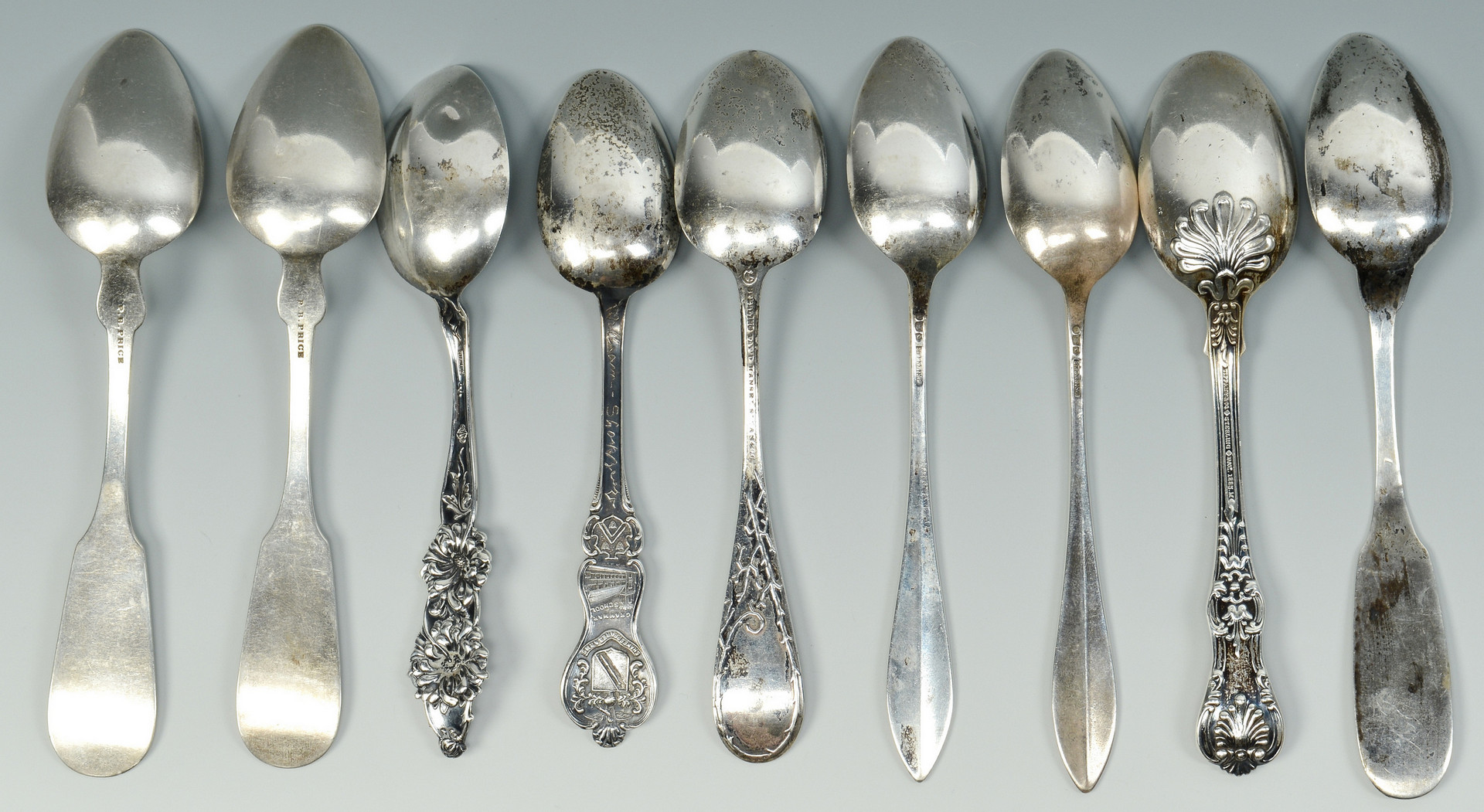 Lot 920: 18 Sterling Silver Spoons