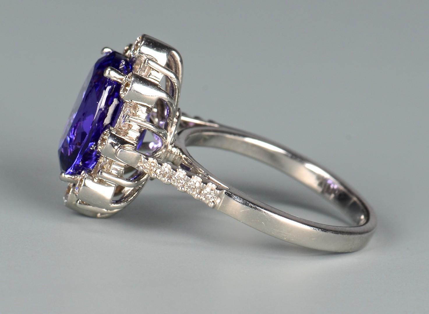 Lot 100: 18k Tanzanite and Diamond Ring