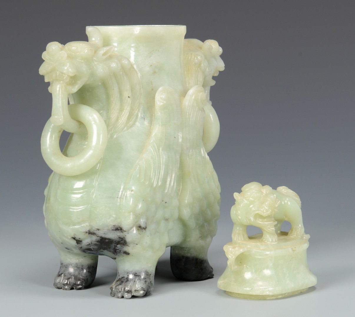 Lot 10: Chinese Archaistic Carved Jade Urn