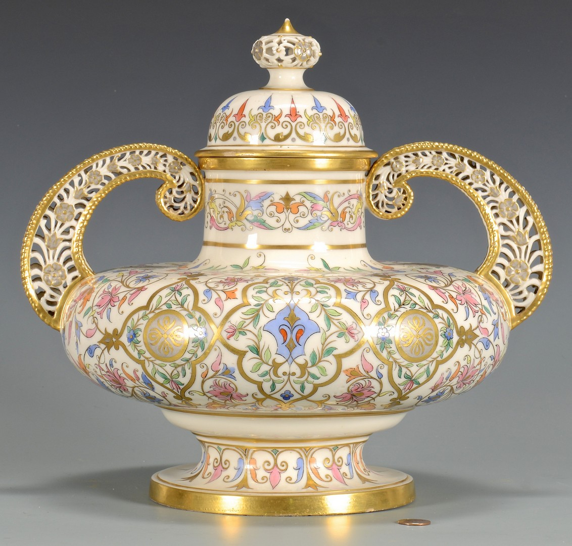 Lot 144: Royal Crown Derby Covered Urn