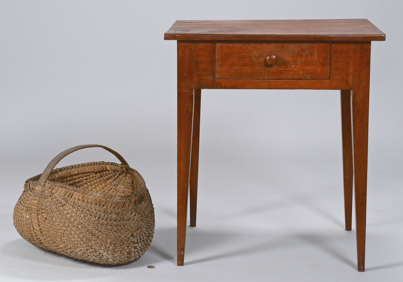 Lot 165: East TN Hepplewhite One-Drawer Table & Basket