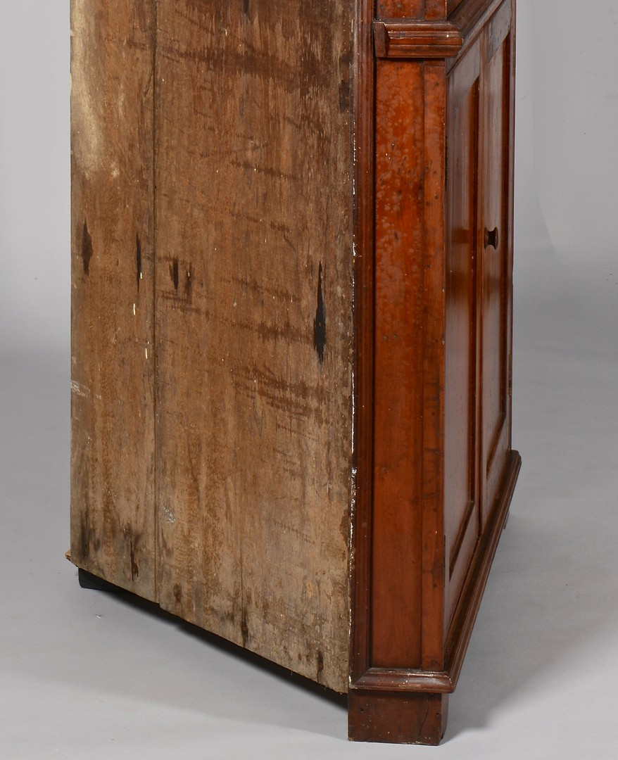 Lot 168: East TN , Knox Co., Corner Cupboard