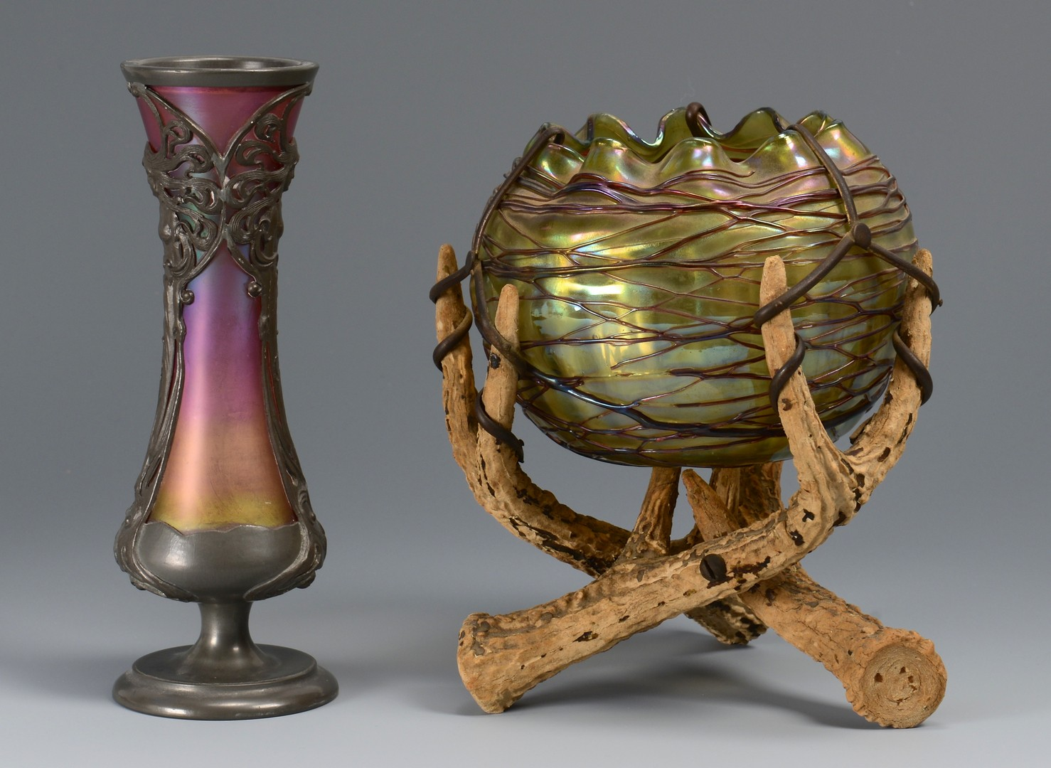 Lot 213: 2 Horn and silver mounted art glass items