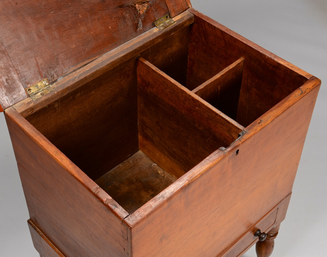 Lot 289: Middle TN Cherry Sugar Chest