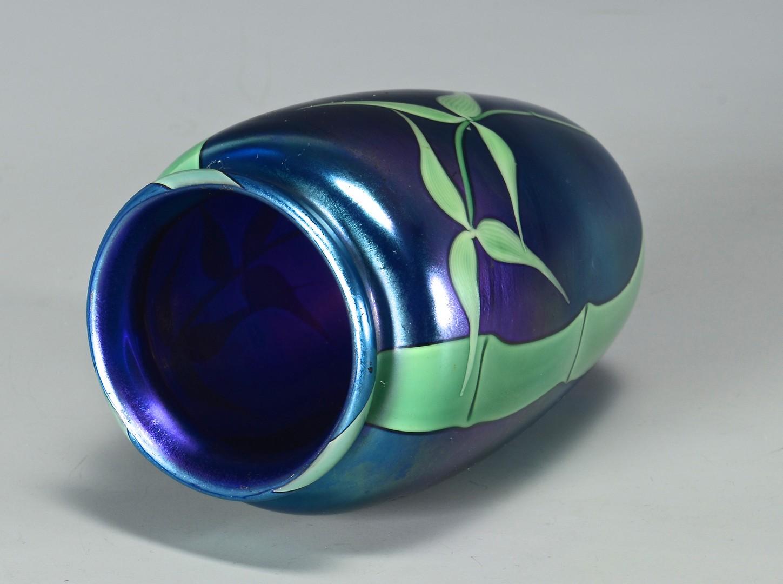 Lot 327: Orient & Flume Art Glass Vase, signed Sillars
