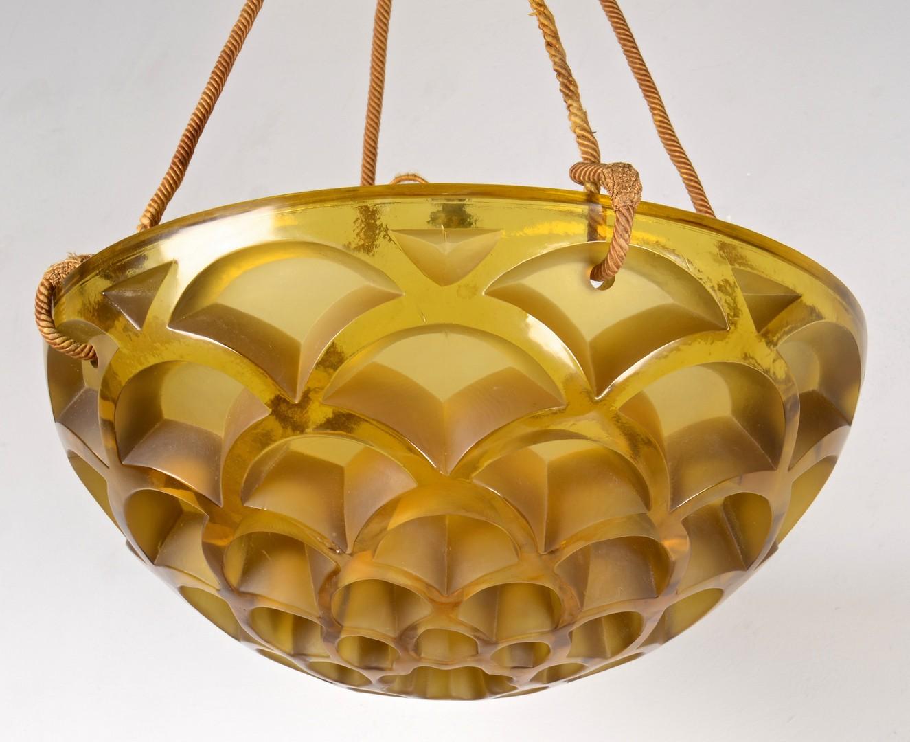Lot 330: R. Lalique Rinceaux Chandelier, Honey Comb Pattern
