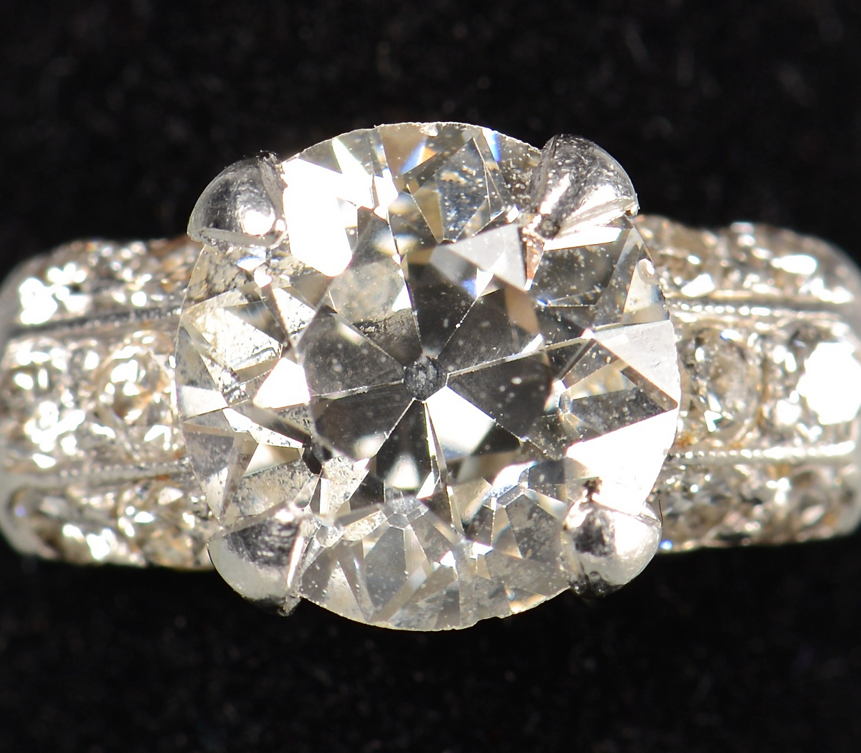 Lot 397 1 35 Carat Old Mine Cut Diamond Ring