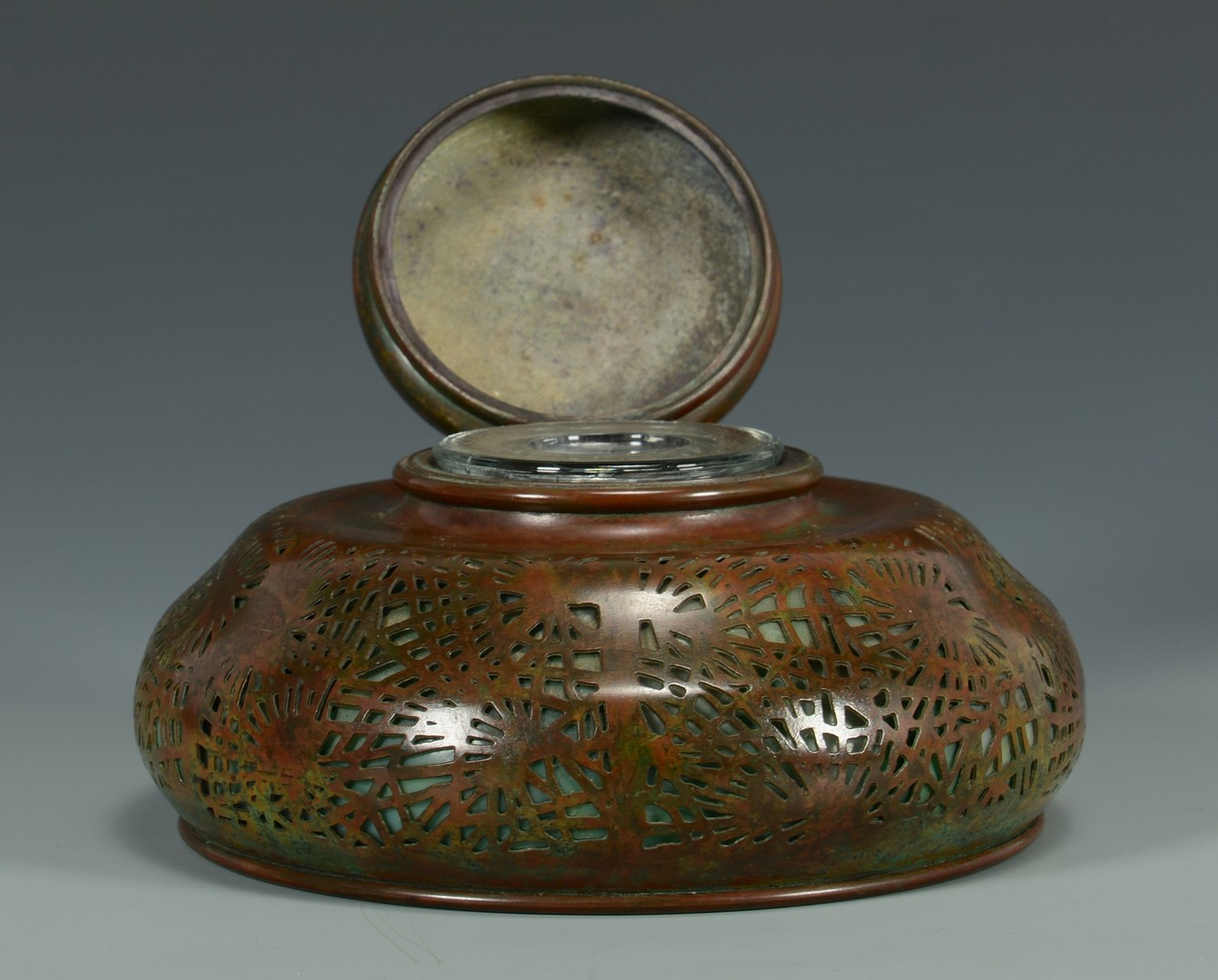 Lot 39: Tiffany Bronze & Glass Inkwell, Pine Needle Pattern