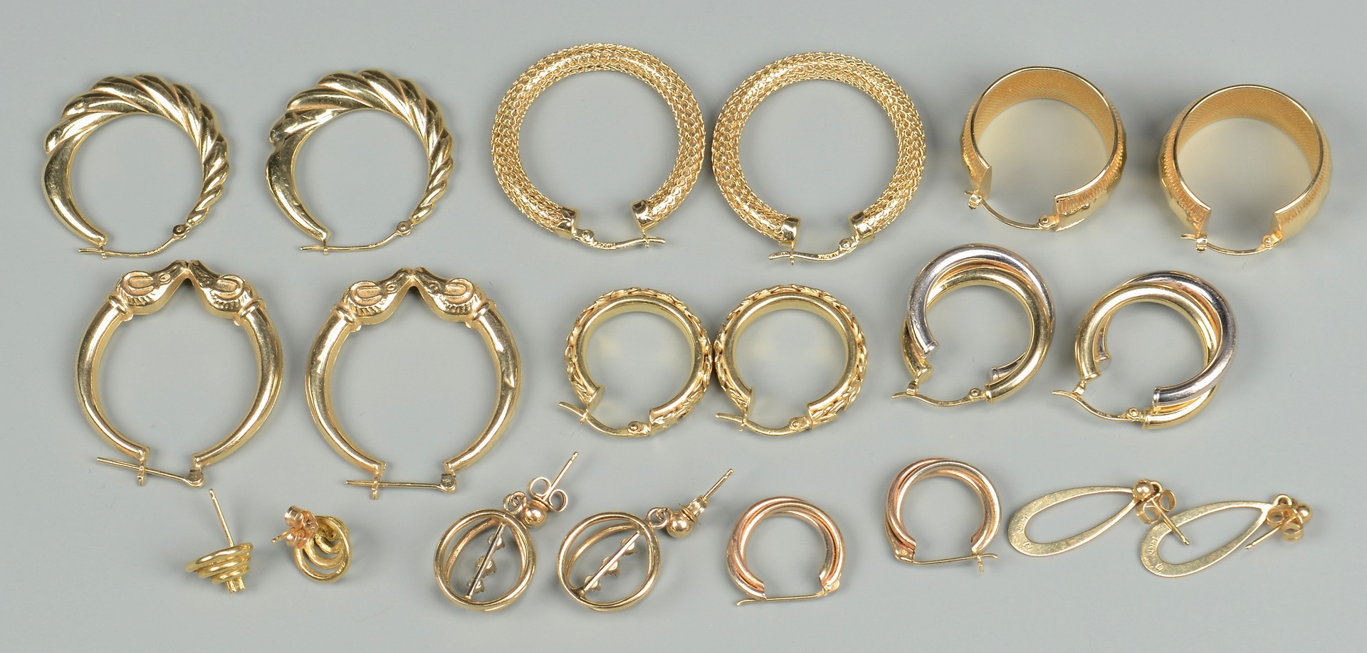 Lot 402: 10 pr 14k and 18k Earrings