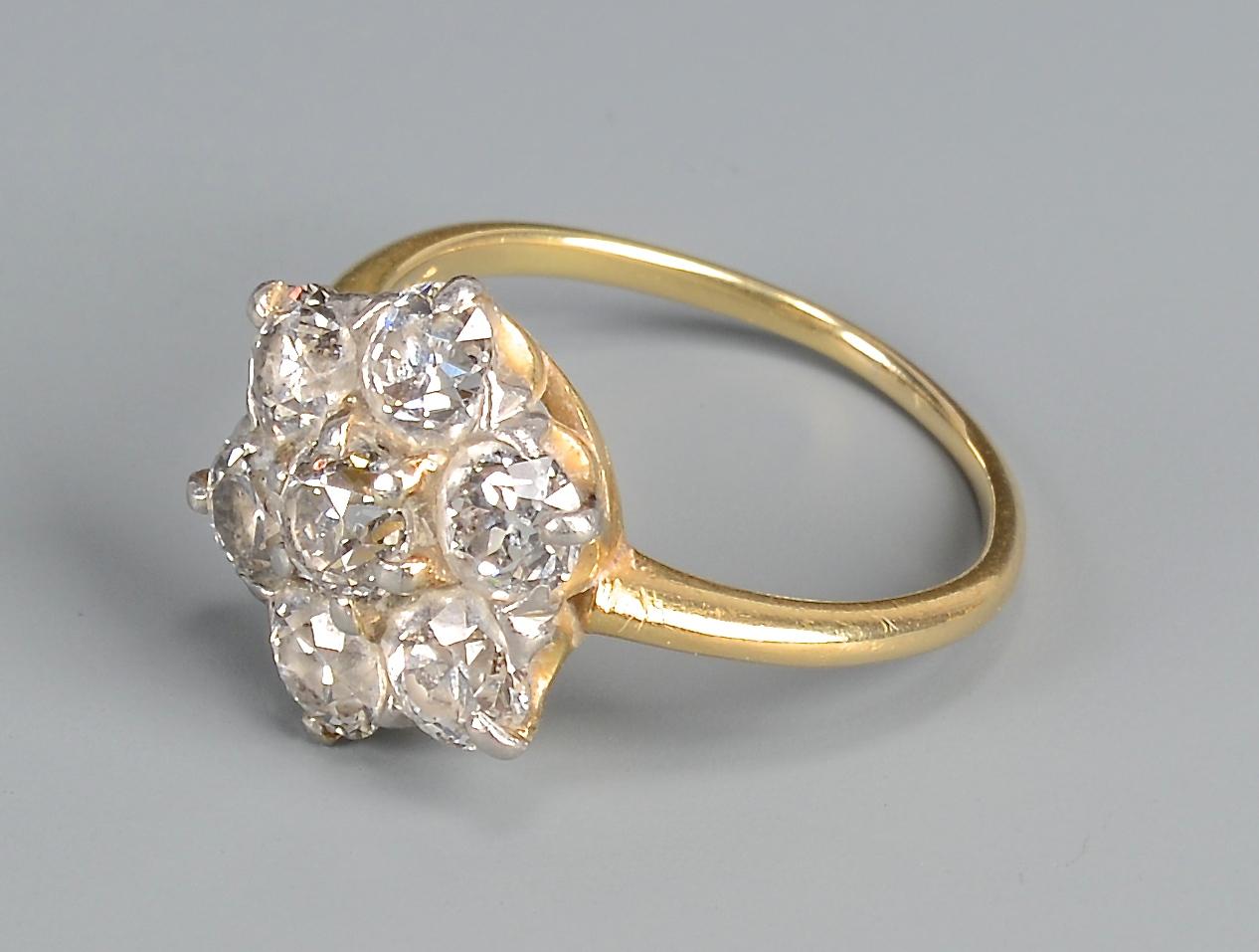 Lot 405: 18k Diamond Flower Ring & 14k knots