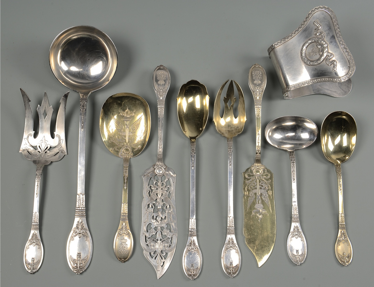 Lot 41: 148 pcs French Silver Flatware with crests
