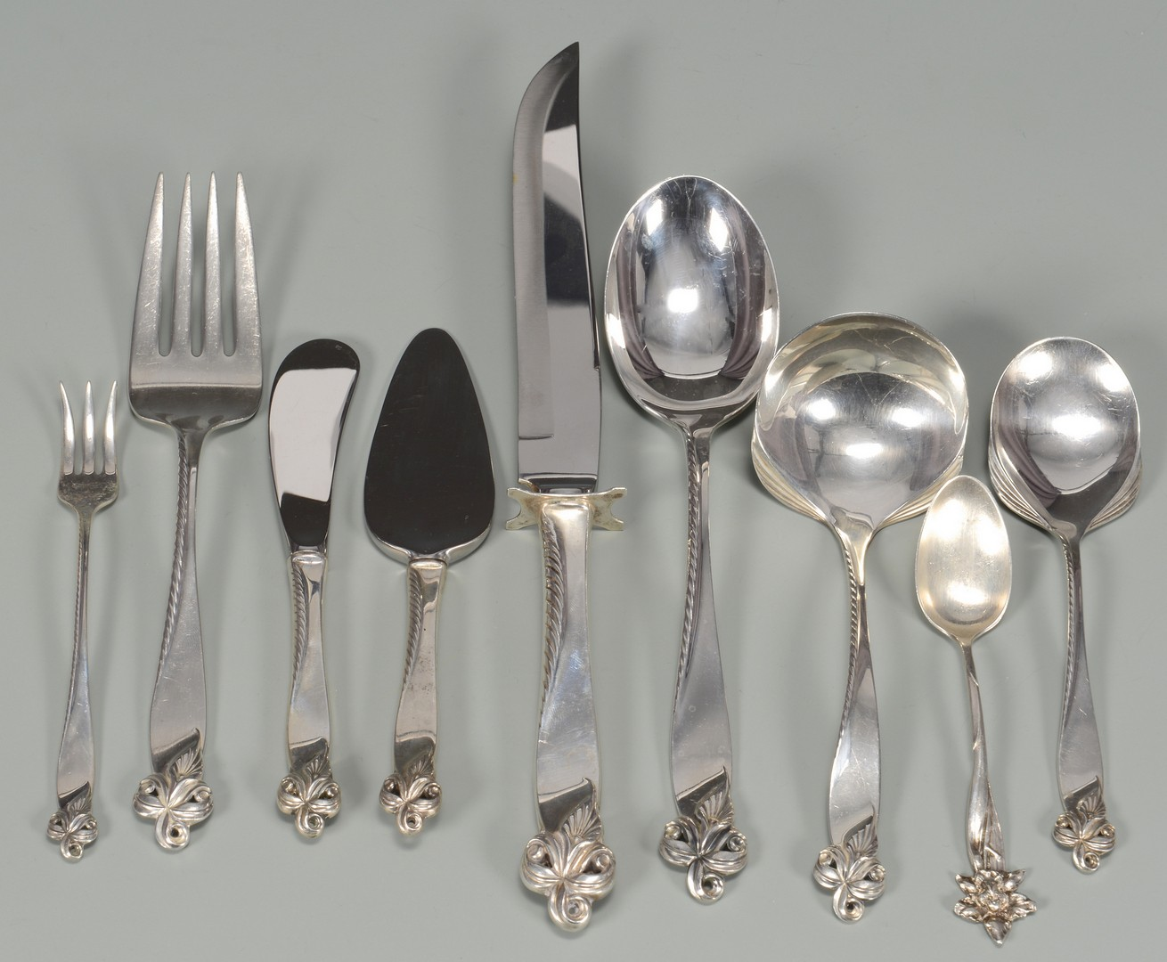 Lot 430: Wallace Sterling Flatware Orchid Elegance Pattern