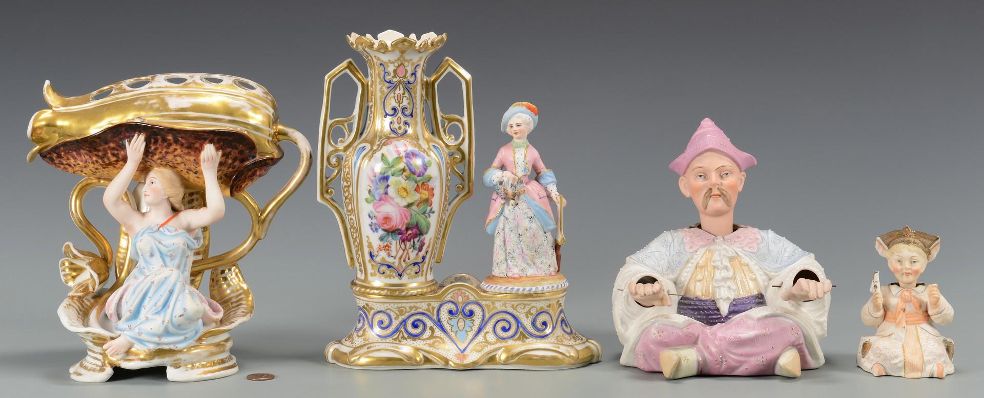 Lot 452: Figural porcelains and nodders, 4 items