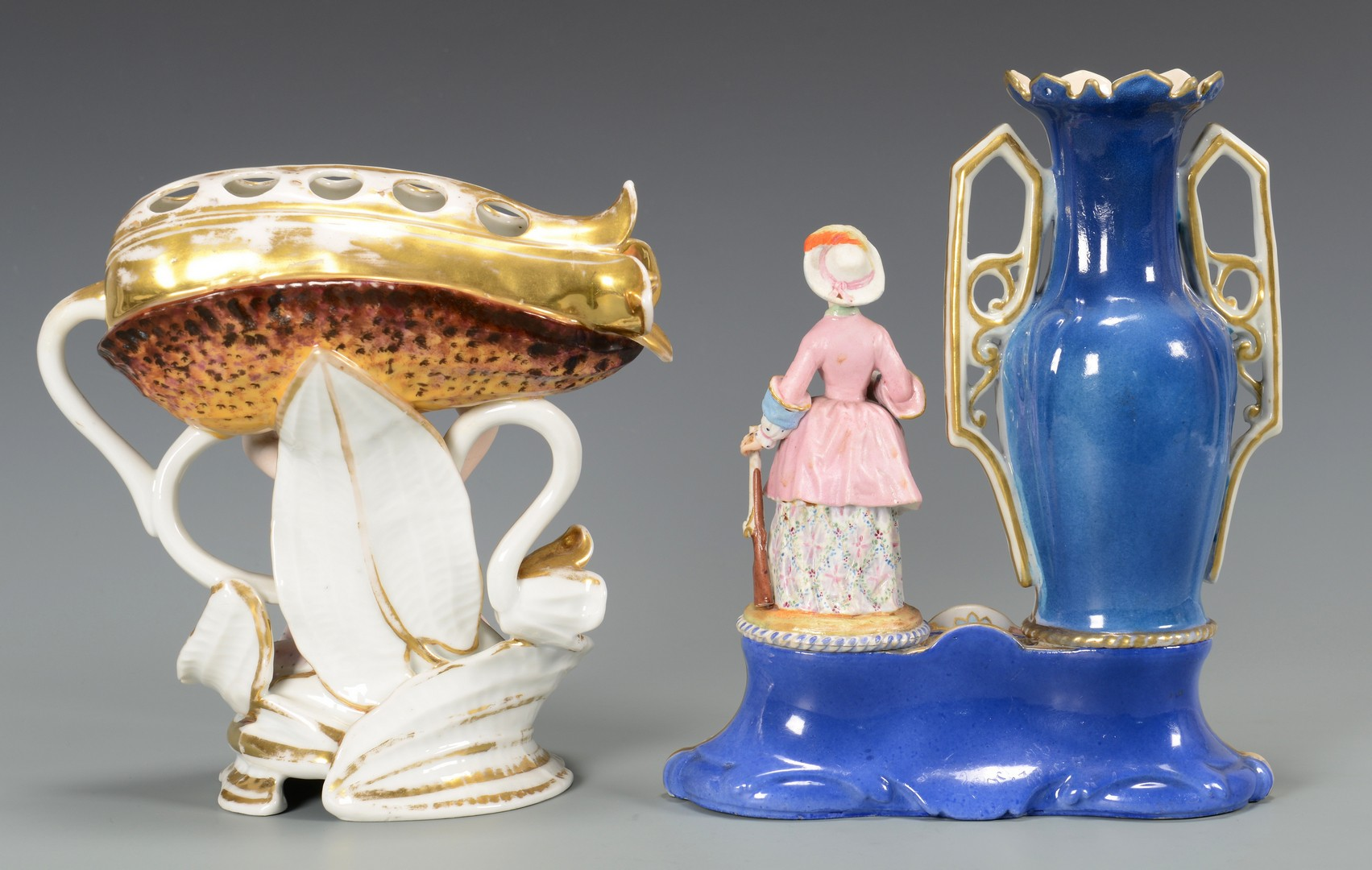 Lot 452: Figural porcelains and nodders, 4 items