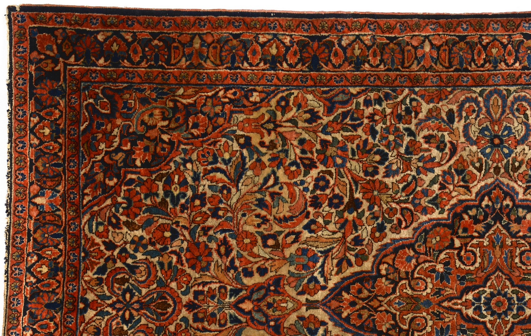 Lot 497: Persian Kashan area rug