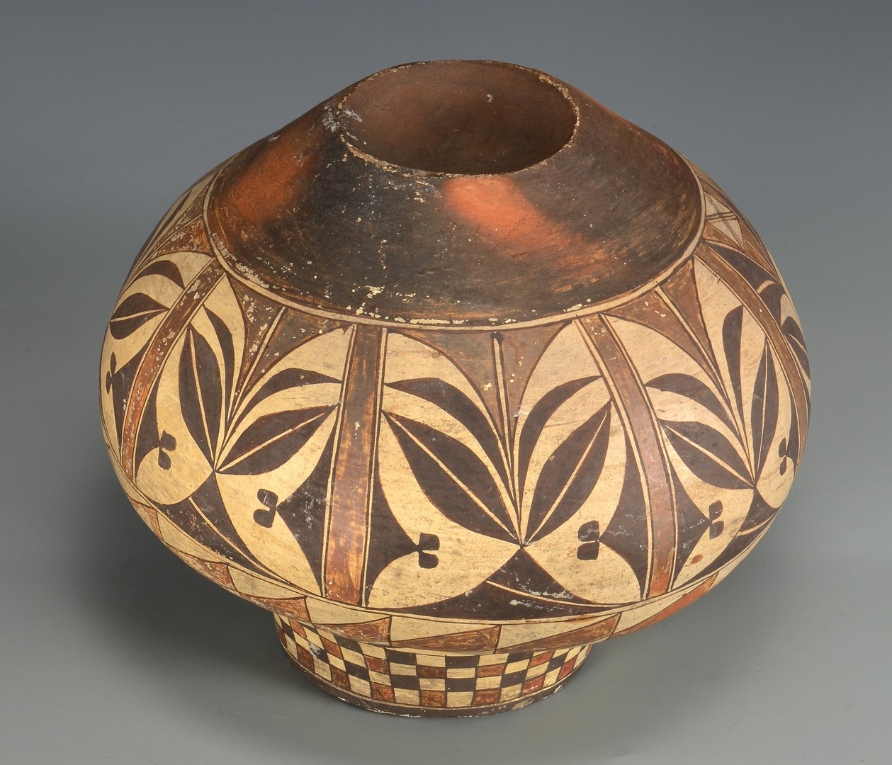 Lot 506: Native American Pottery Jar, Acoma Olla