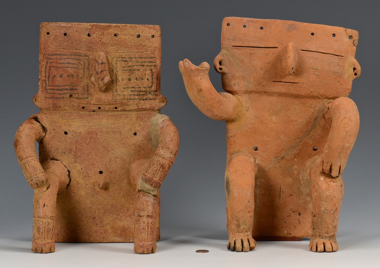 Lot 518: 2 South American Quimbaya Pottery Figures