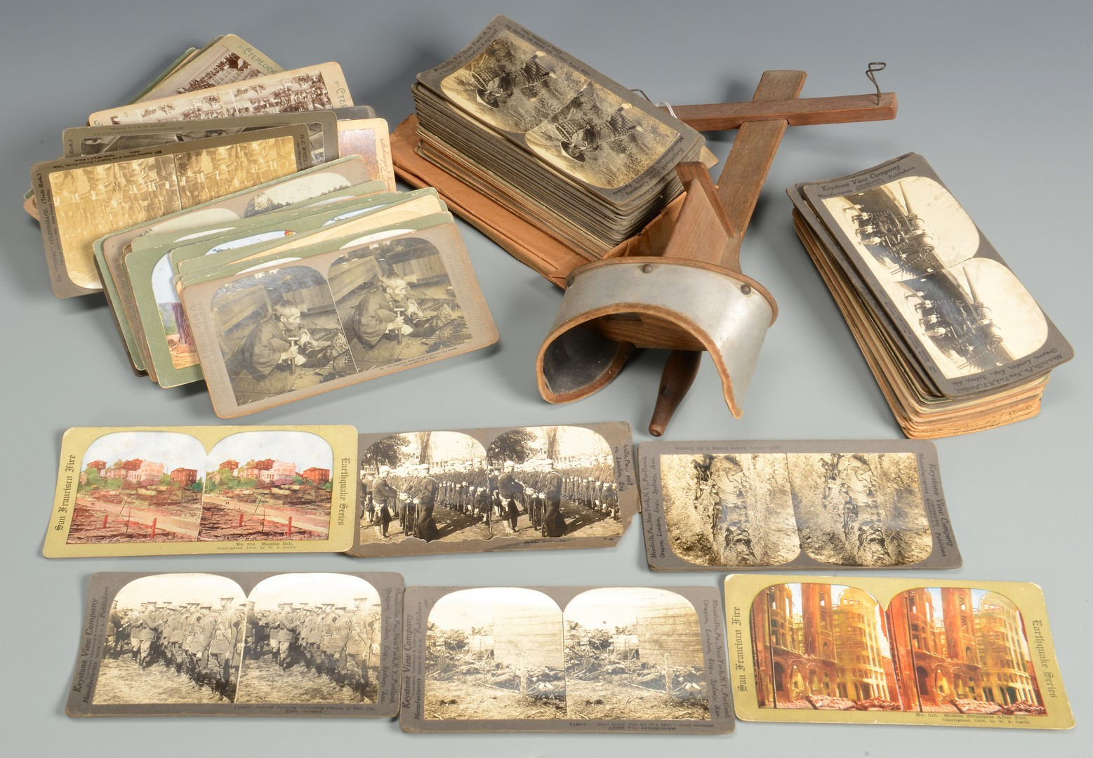 Lot 588: Vintage Novelties incl. Stereoview Slides and Books