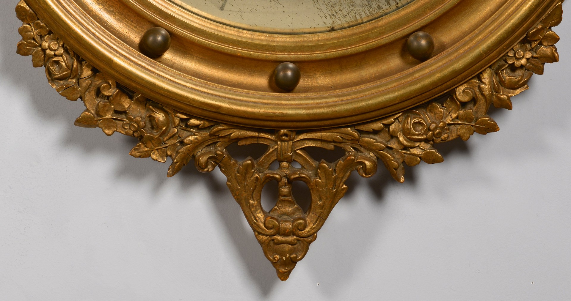 Lot 629: Federal Style Bull's Eye Mirror w/ Eagle