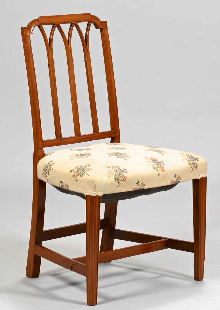 Lot 630 Six American Federal Style Dining Chairs