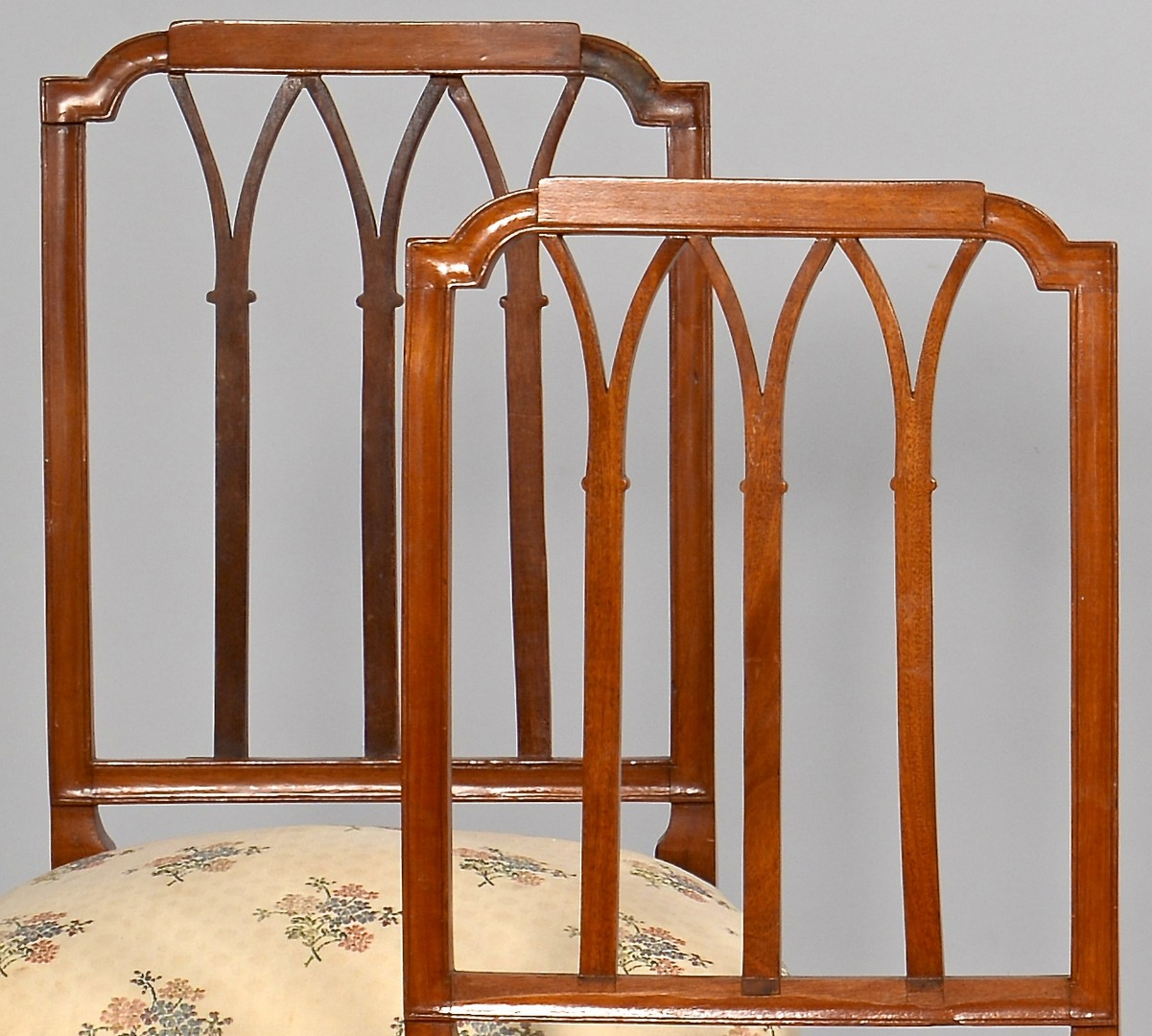 Lot 630: Six American Federal Style Dining Chairs