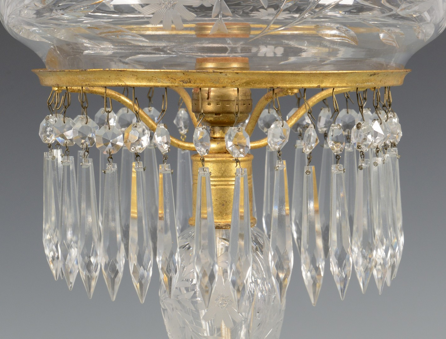 Lot 649: American Brilliant Cut Glass Palor Lamp