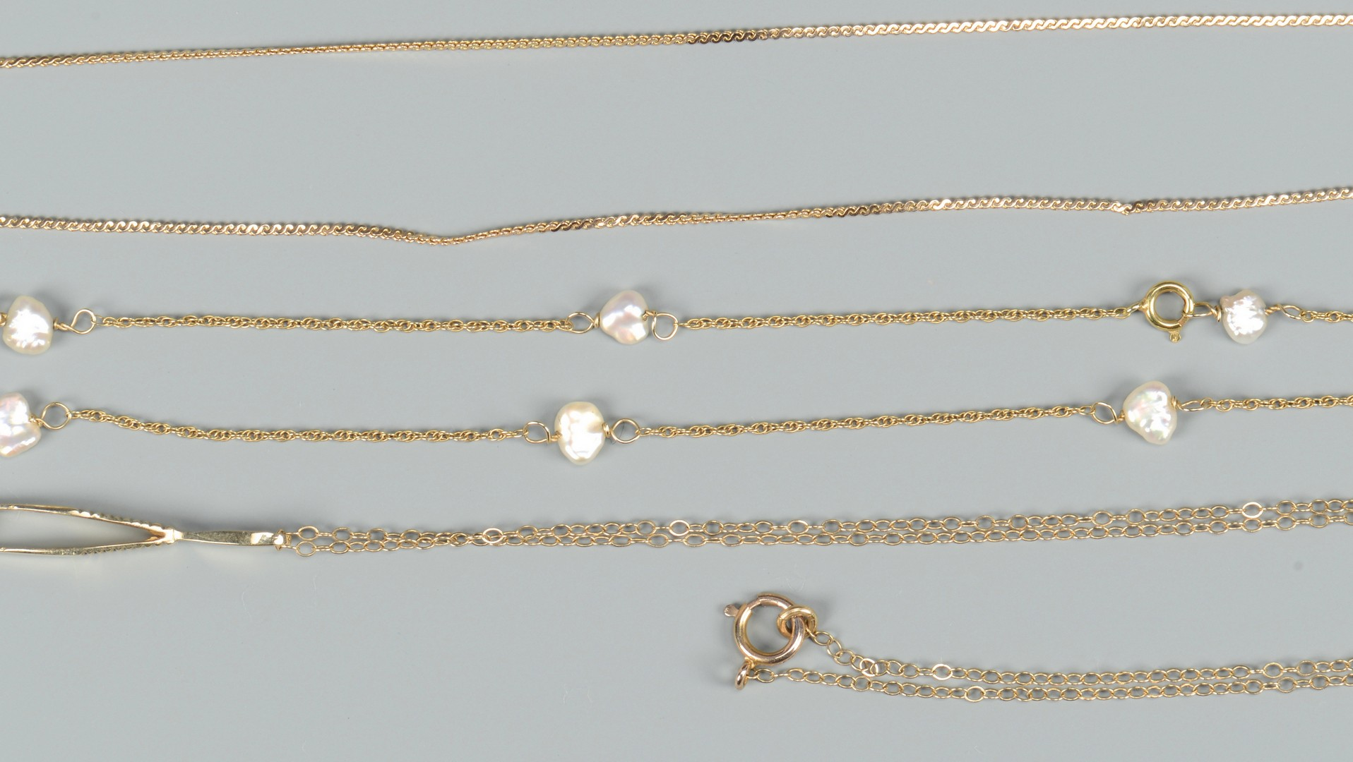 Lot 657: Group of 14K Jewelry