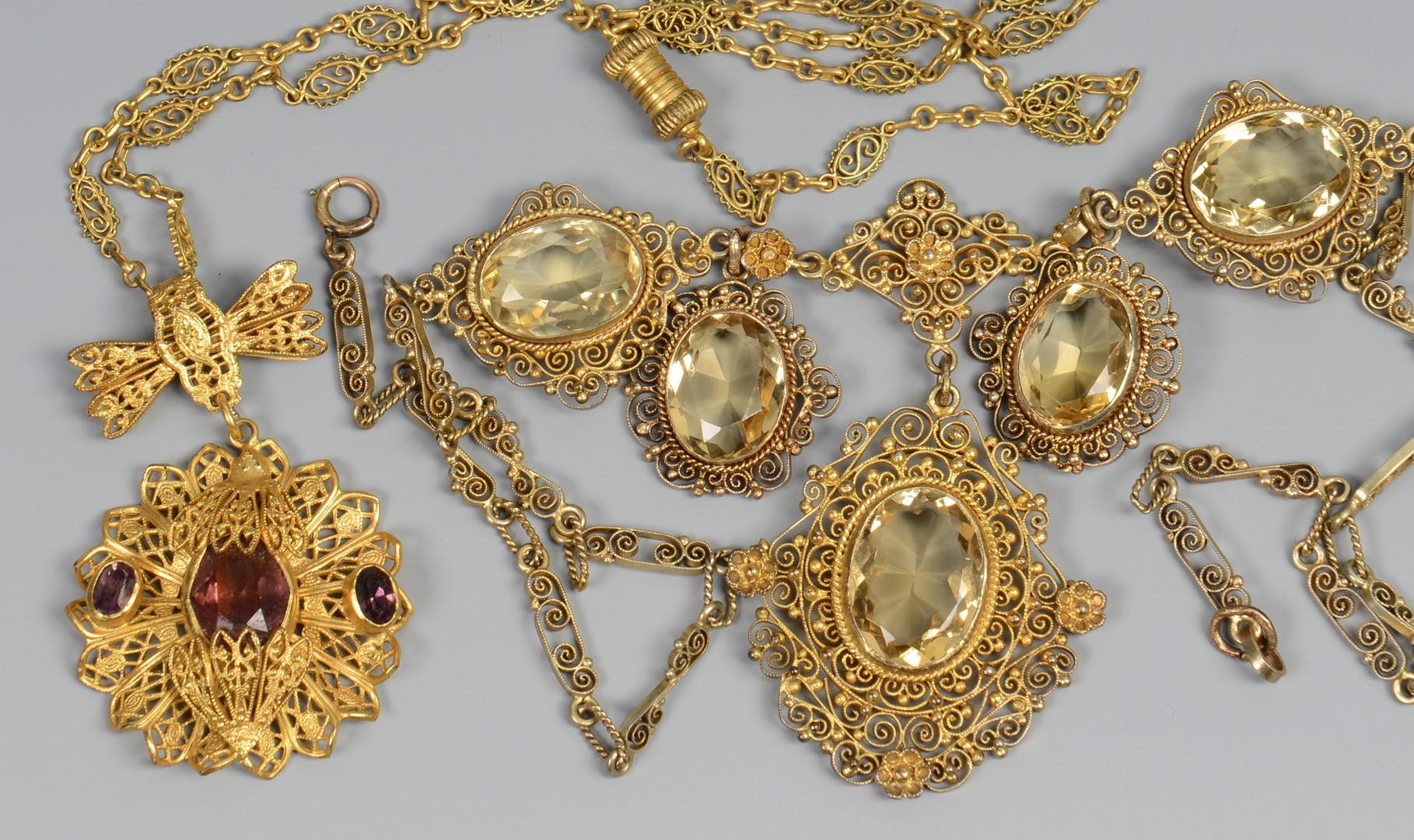 Lot 666: Vintage Filigree Jewelry & Cameos, 5 pcs