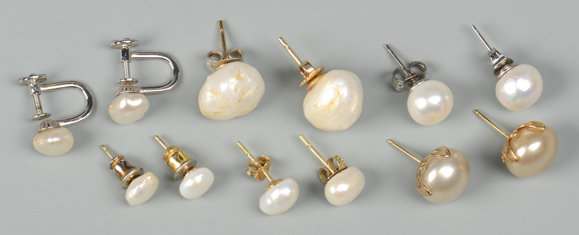 Lot 668: 14k TN Pearl & Sterling silver jewelry