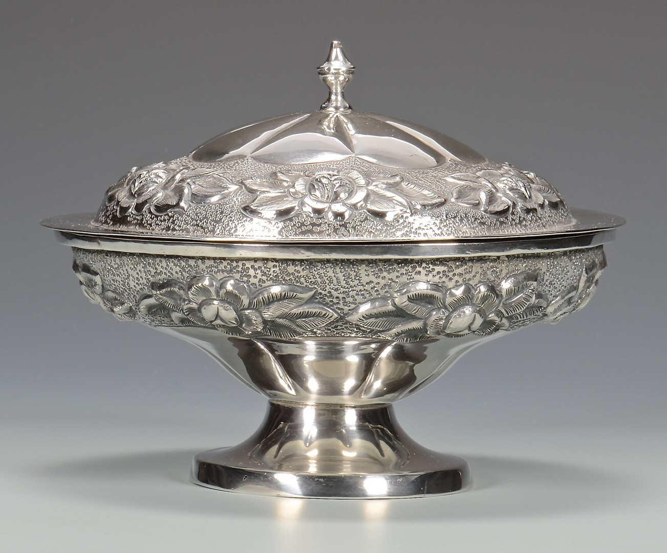Lot 690: Mexican Sterling Covered Compote