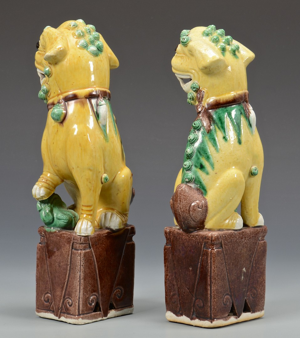 Lot 712: Grouping of Chinese Porcelain, incl Foo Dogs