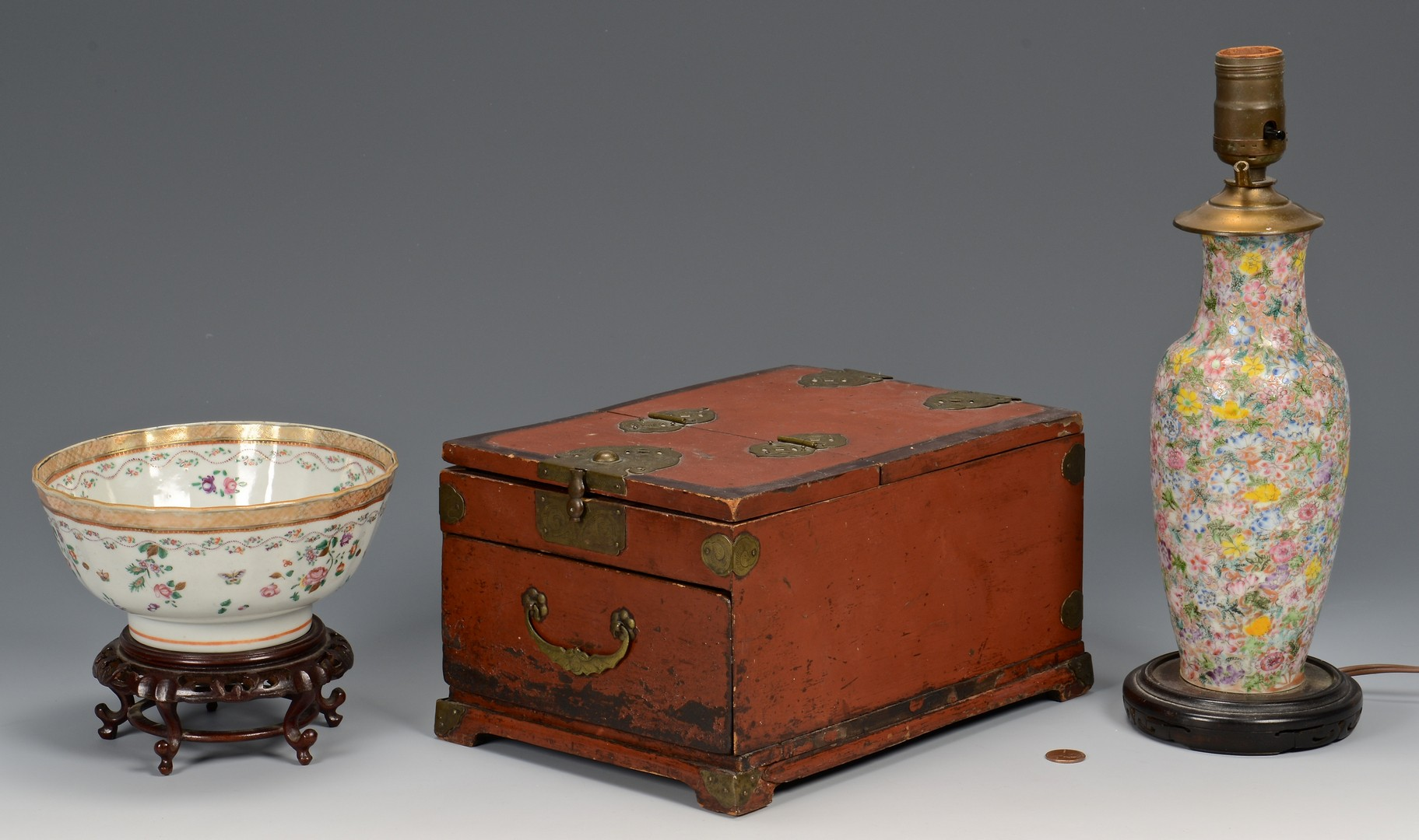 Lot 721: Chinese bowl, vase, and box