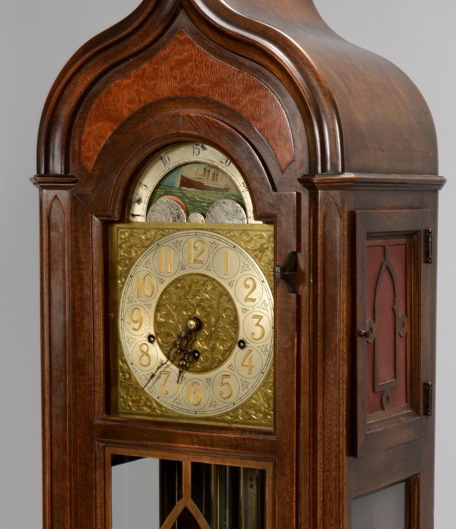 Lot 762: Colonial Mfg. Co. Grandmother Clock