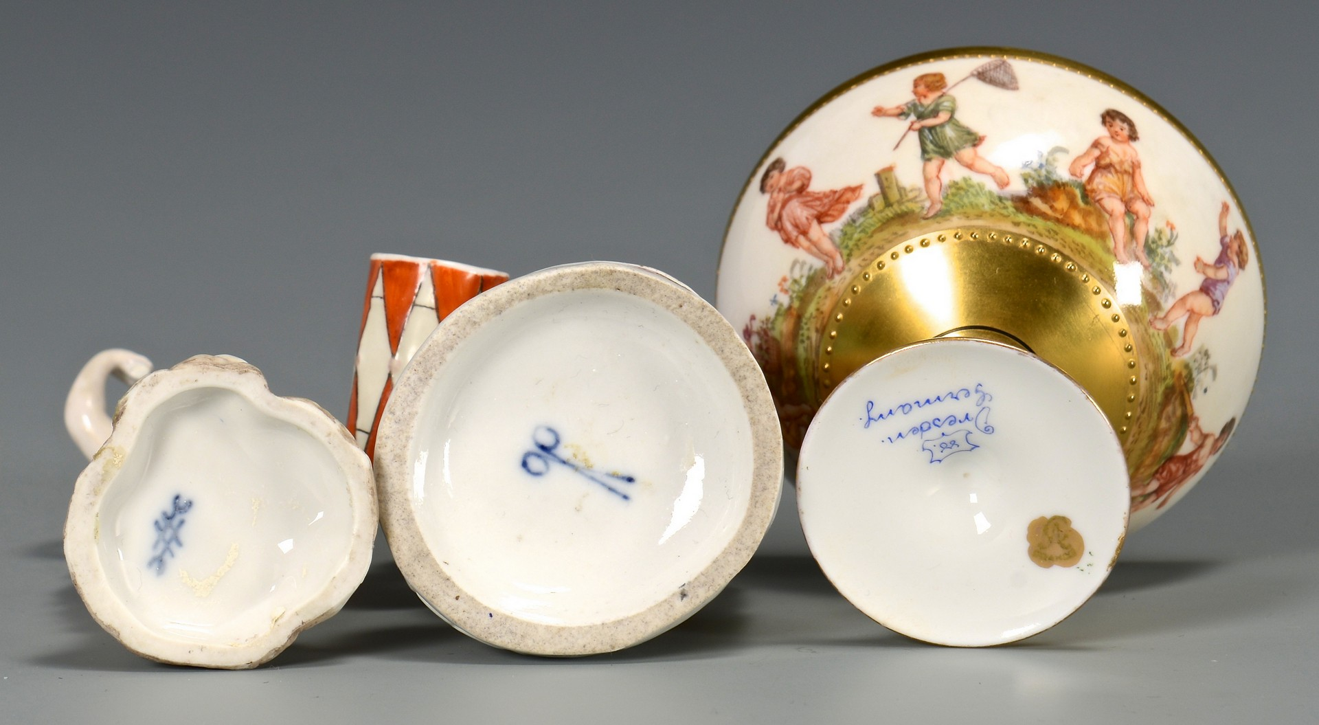 Lot 765: Grouping of 8 Porcelain Items