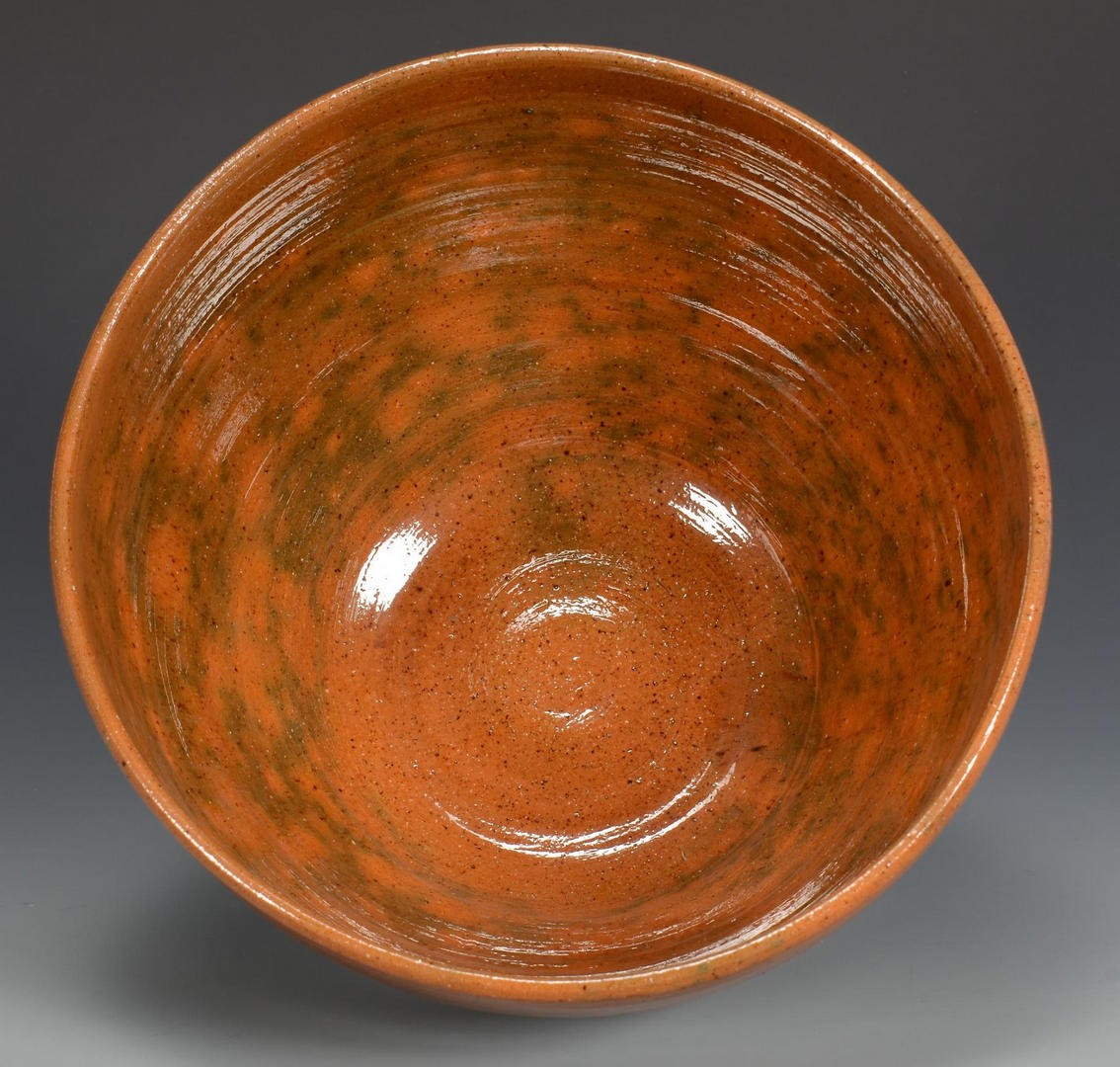 Lot 772: Jugtown Sine Wave Pottery, Vernon Owens mugs and bowl
